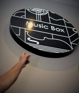 Party at MUSIC BOX