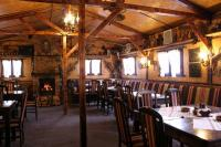 "Restaurant ""STARIA TSCHINAR-The Old Pinetree"""