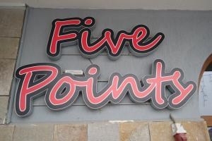 FIVE POINTS Bansko - We are HERE
